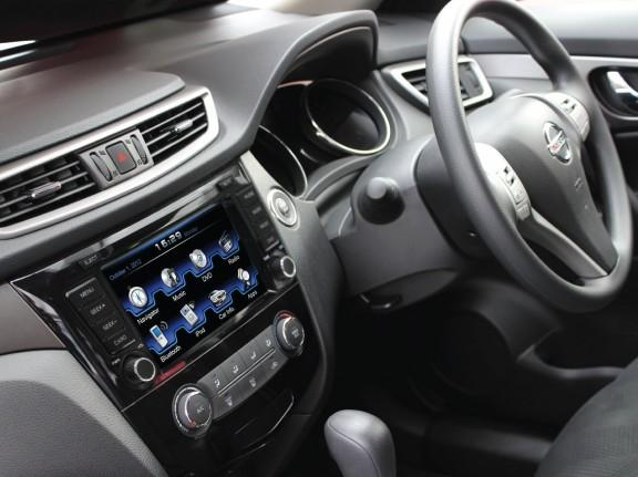Opal - In-dash Navigation system to suit: Nissan Xtrail & Qashqai